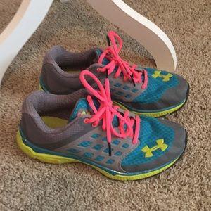 Under armour shoes size 8
